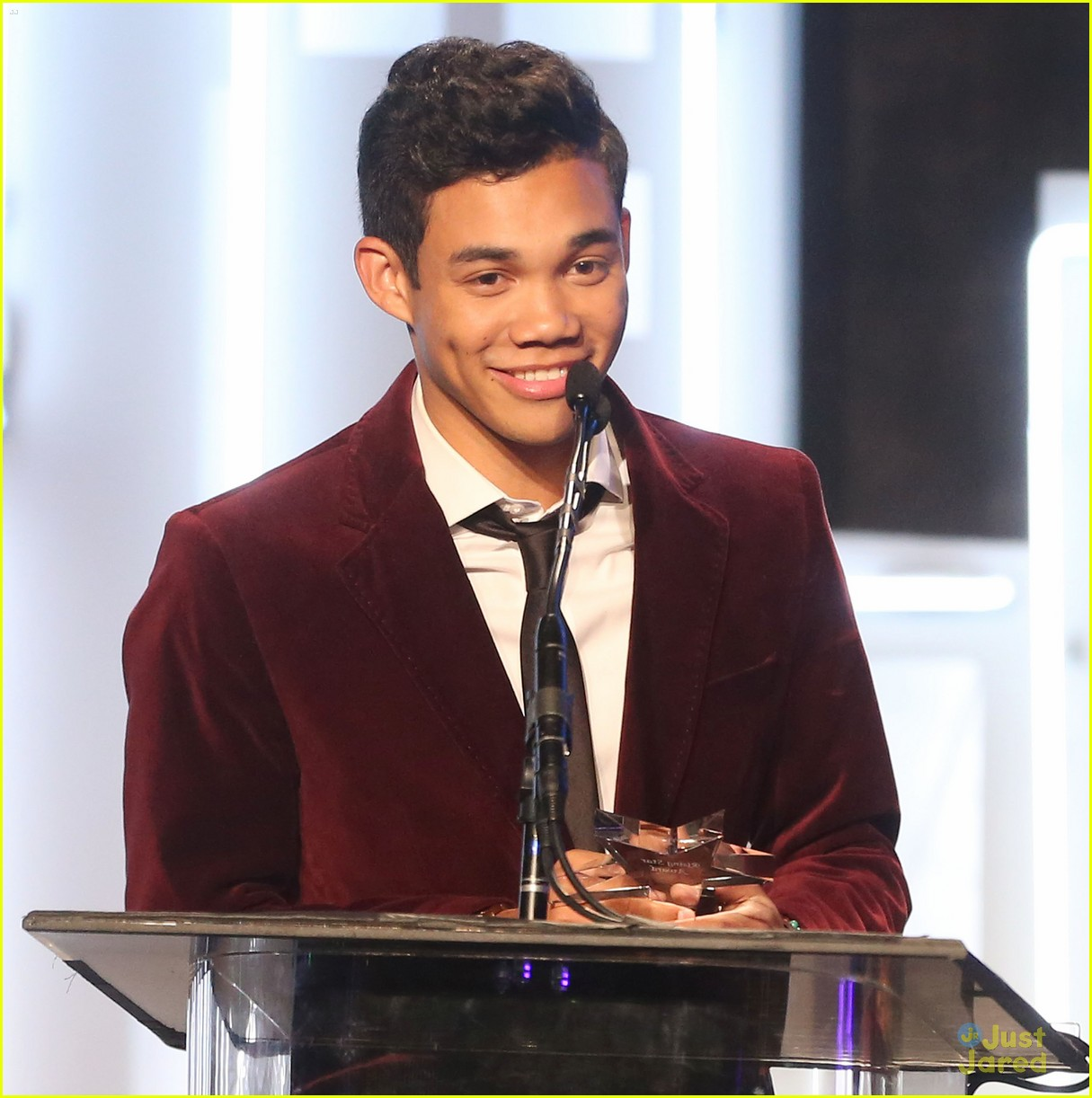 ariana grande roshon fegan citadel lighting 01