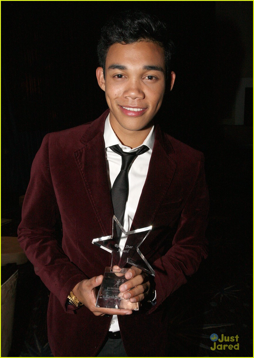 ariana grande roshon fegan citadel lighting 06