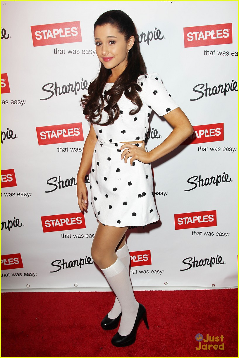 ariana grande sharpie 1d contest launch 15
