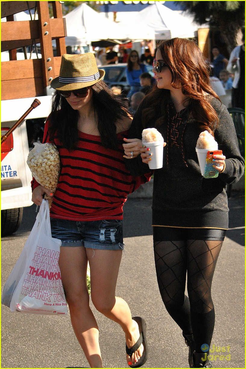 ariel winter snow cones 07