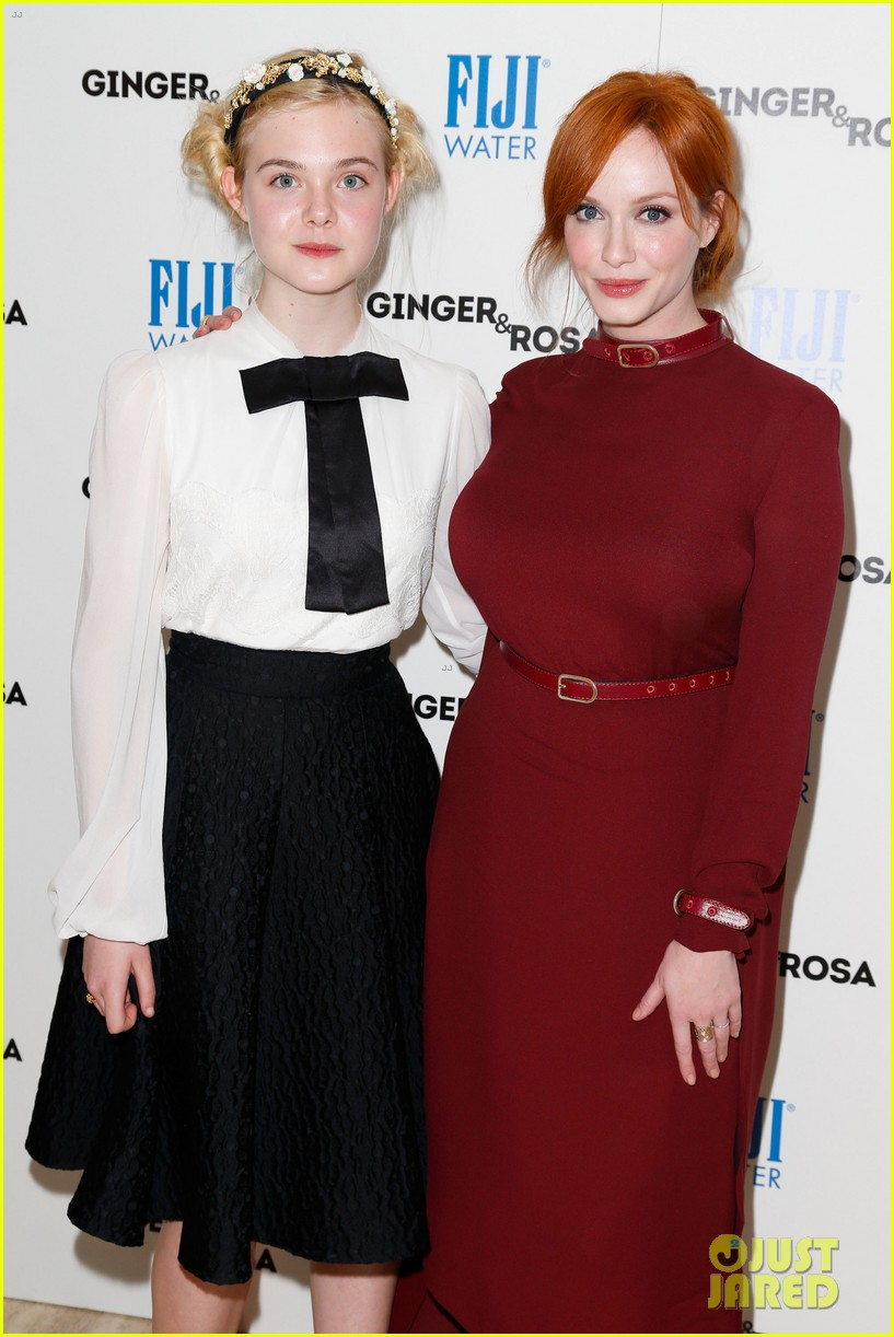 elle fanning ginger rosa screening with christina hendricks 09