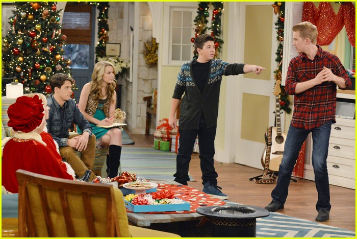good luck charlie christmas 07