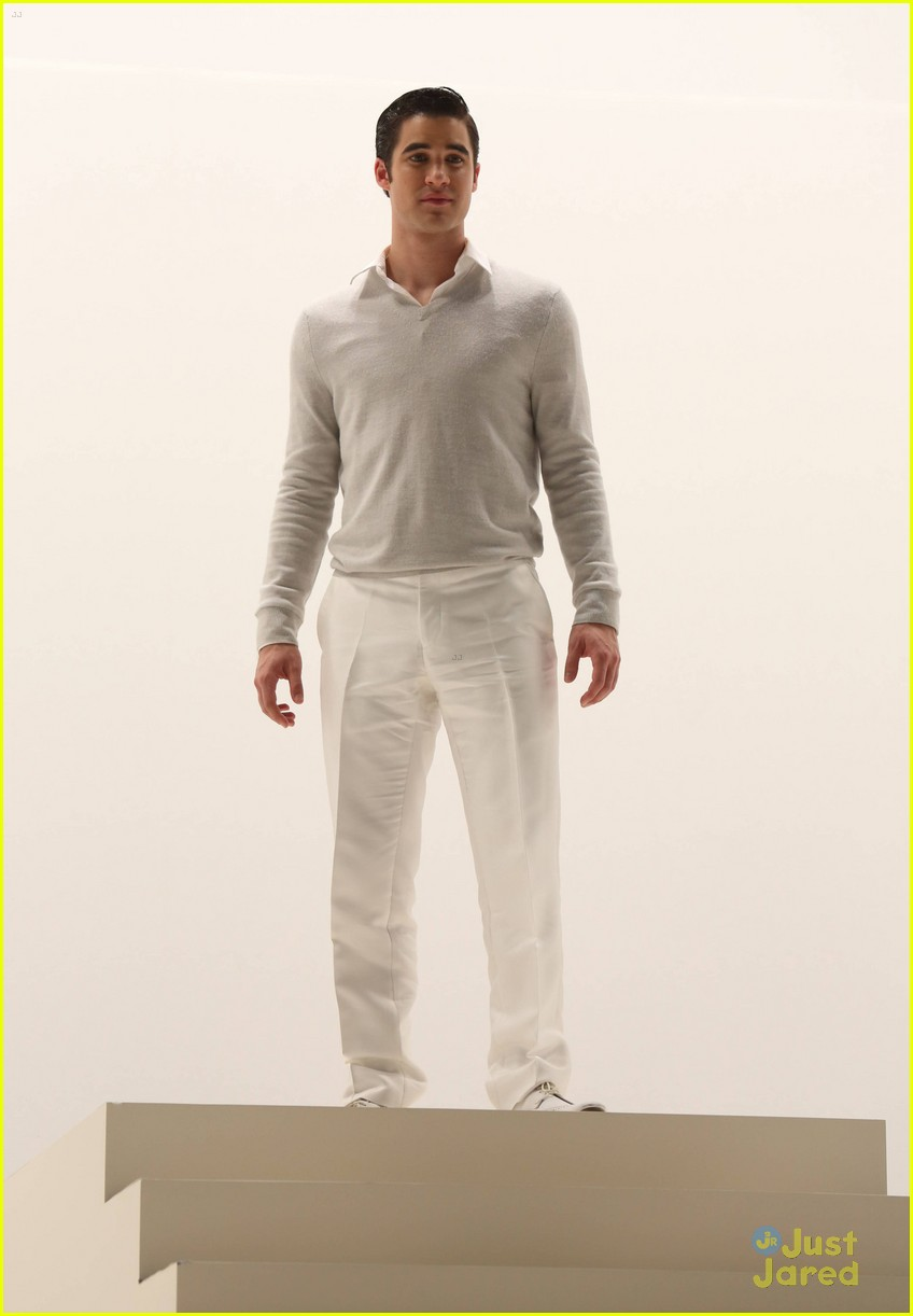 darren criss glease glee stills 13