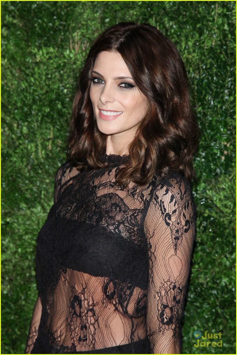 ashley greene cfda fashion fund awards 02