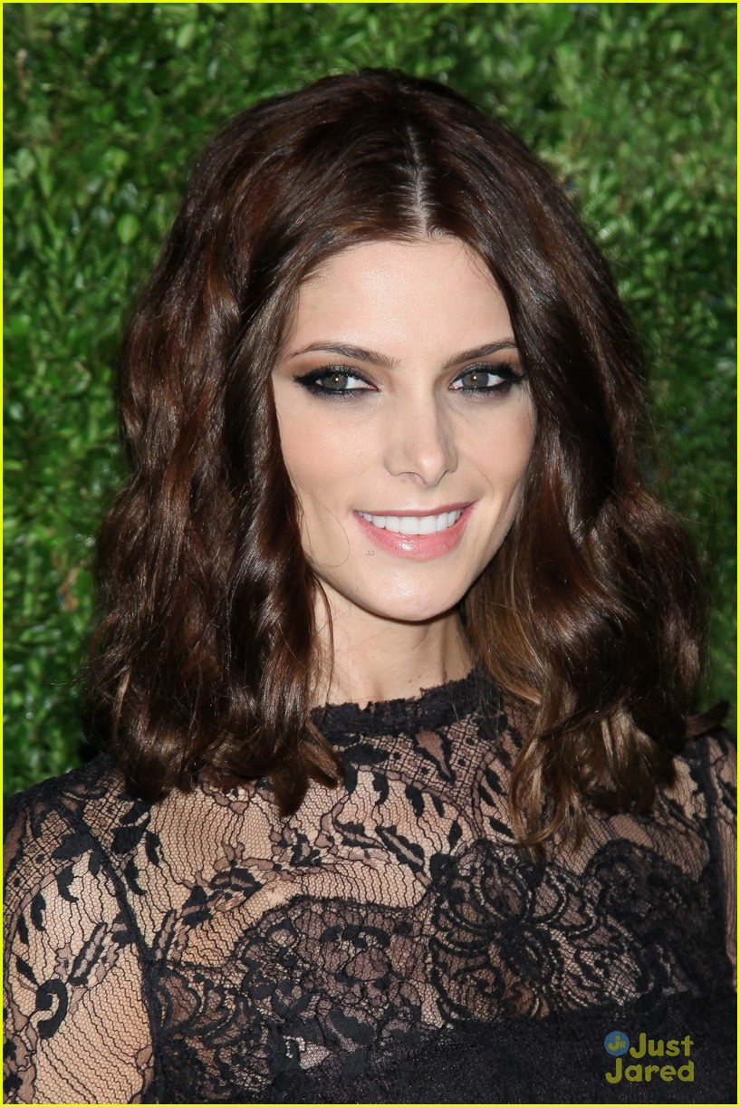 ashley greene cfda fashion fund awards 05