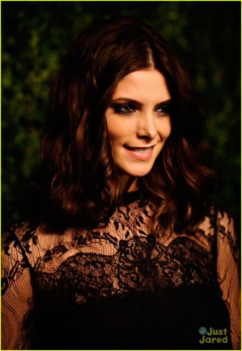 ashley greene cfda fashion fund awards 13