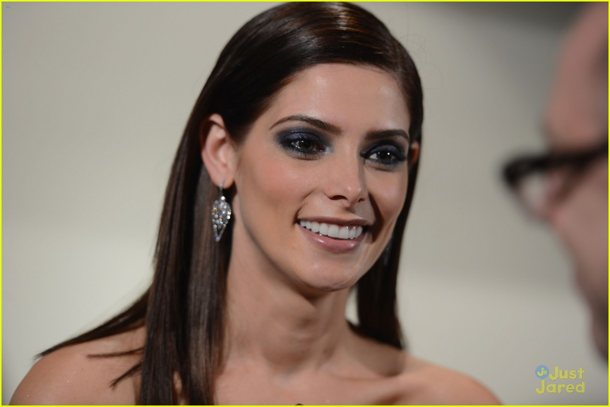 ashley greene today bd nyc 07