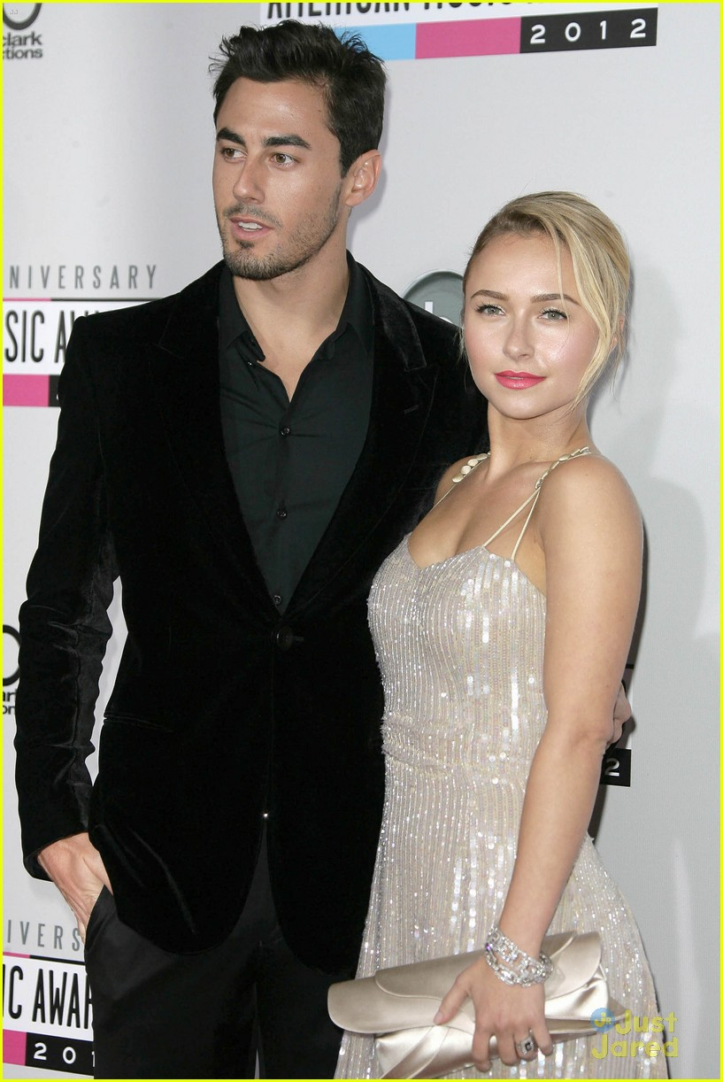 hayden panettiere 2012 amas 13