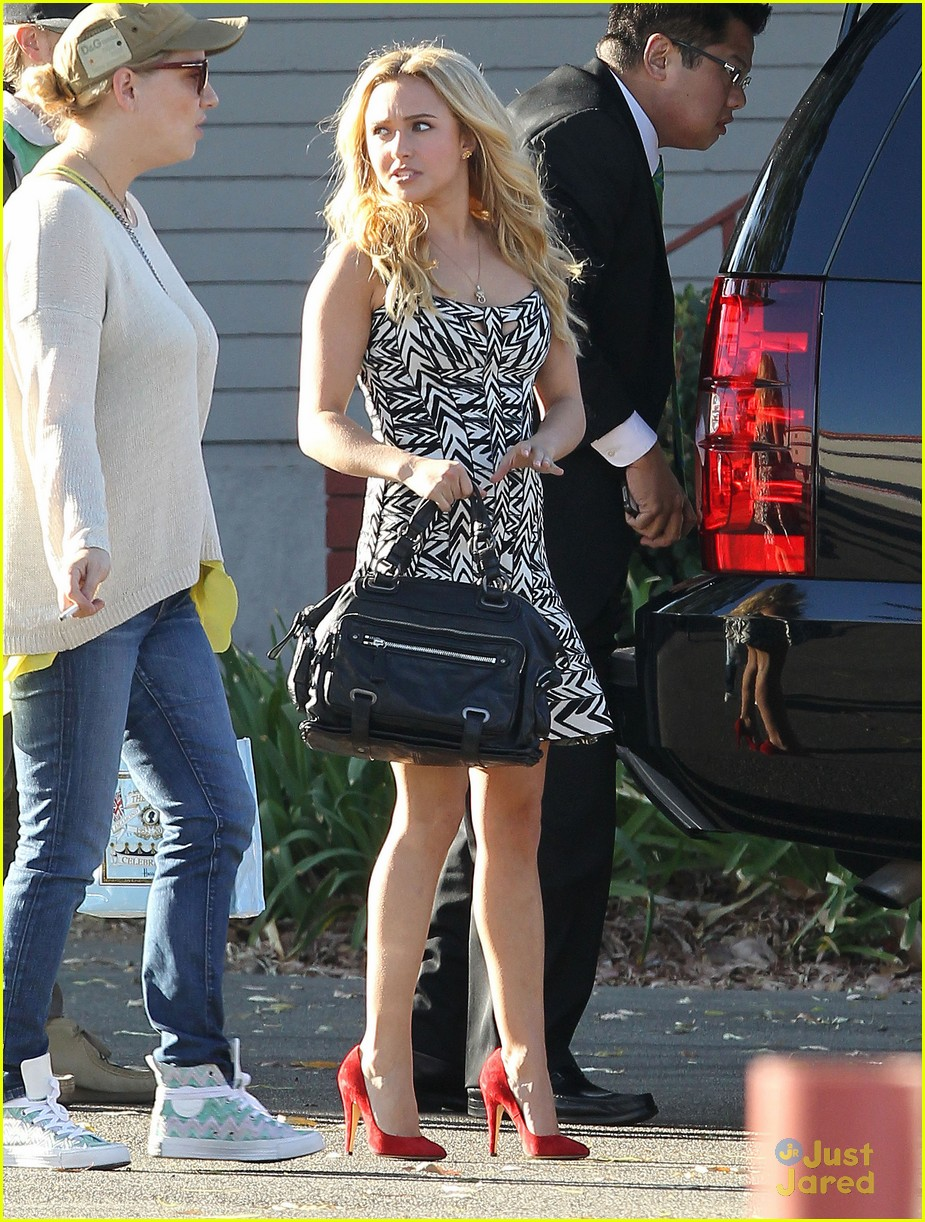 hayden panettiere grove extra appearance 05