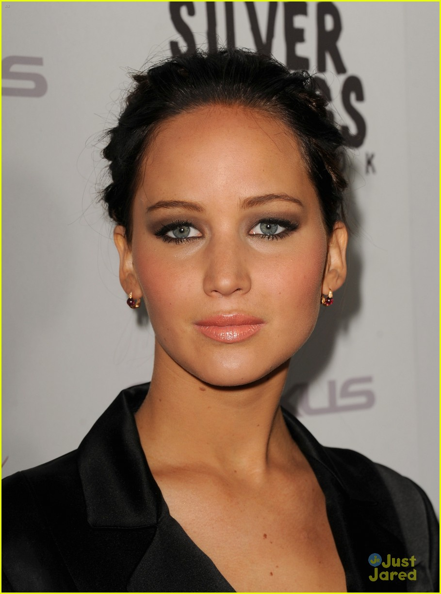 jennifer lawrence leno playbook premiere 09