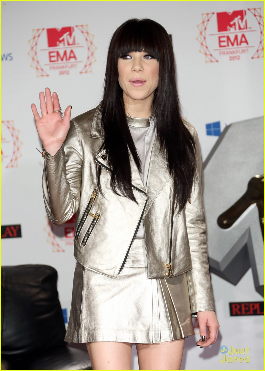 carly rae jepsen ema conference 02