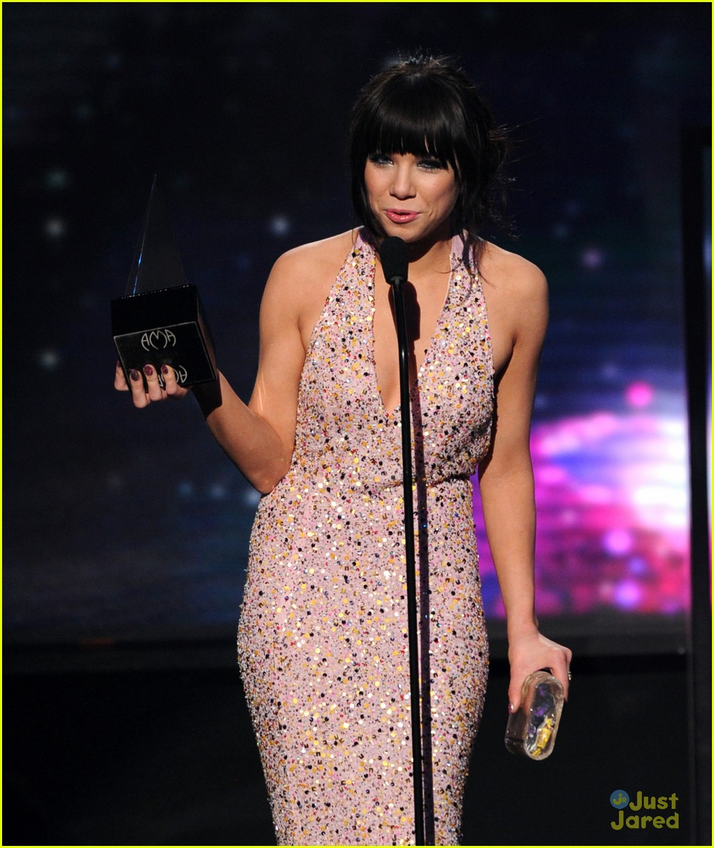 carly rae jepsen fave new artist 04