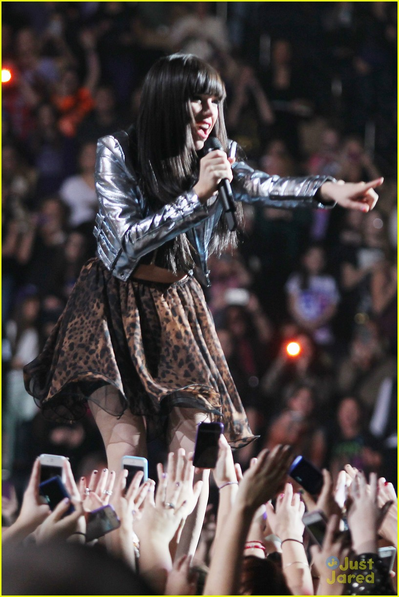 carly rae jepsen rockin nye 04