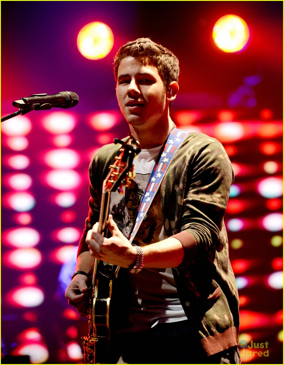 jonas brothers pantages concert 35