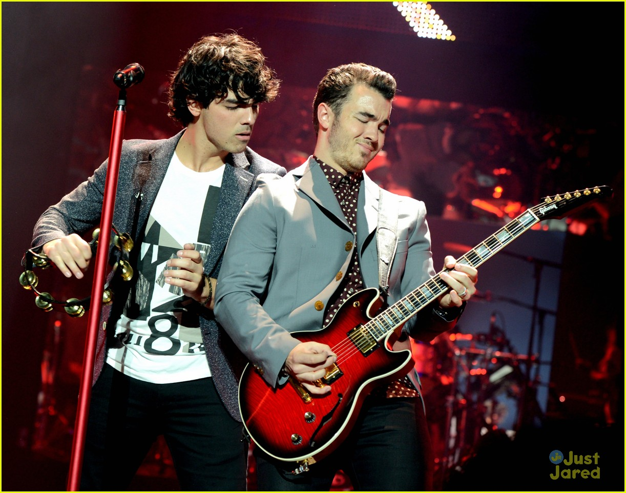 jonas brothers pantages concert 39