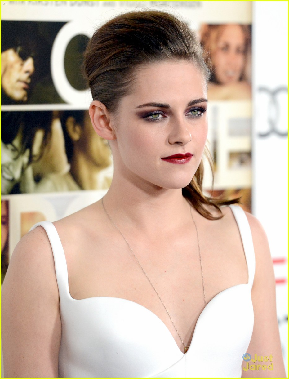 kristen stewart on road afi 09