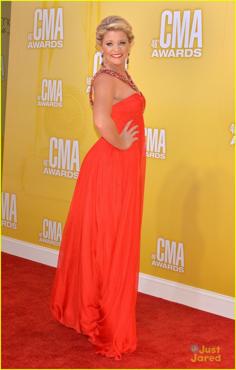 lauren alaina cma awards 10