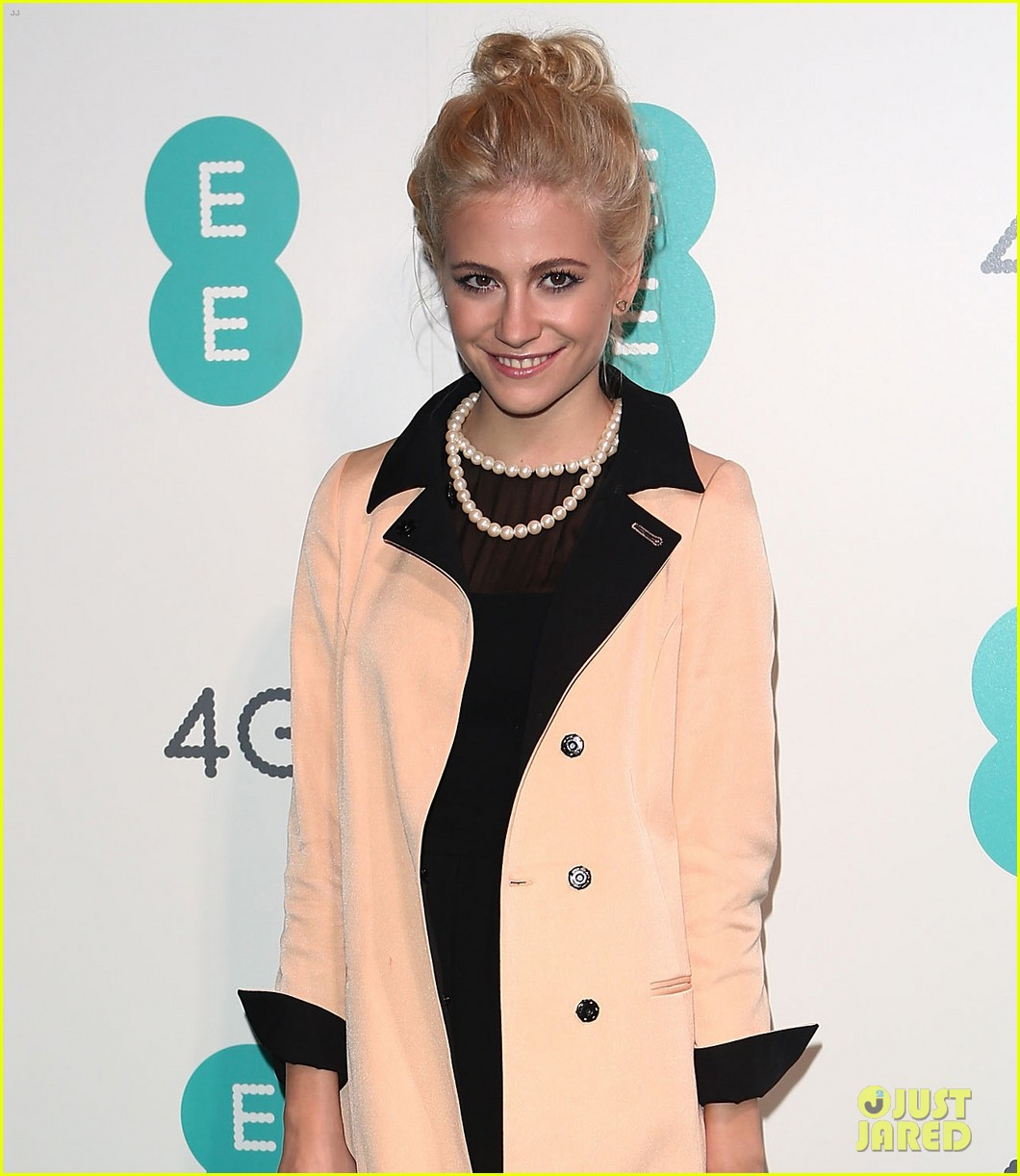 pixie lott ee launch 01