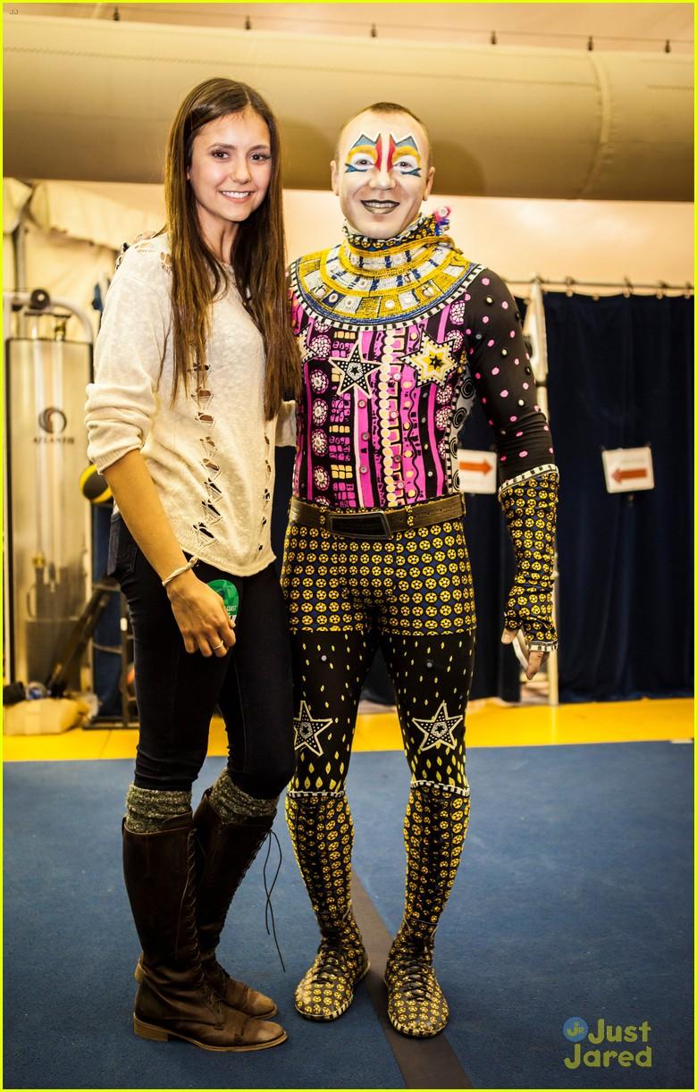 nina dobrev cirque du soleil spectator 01