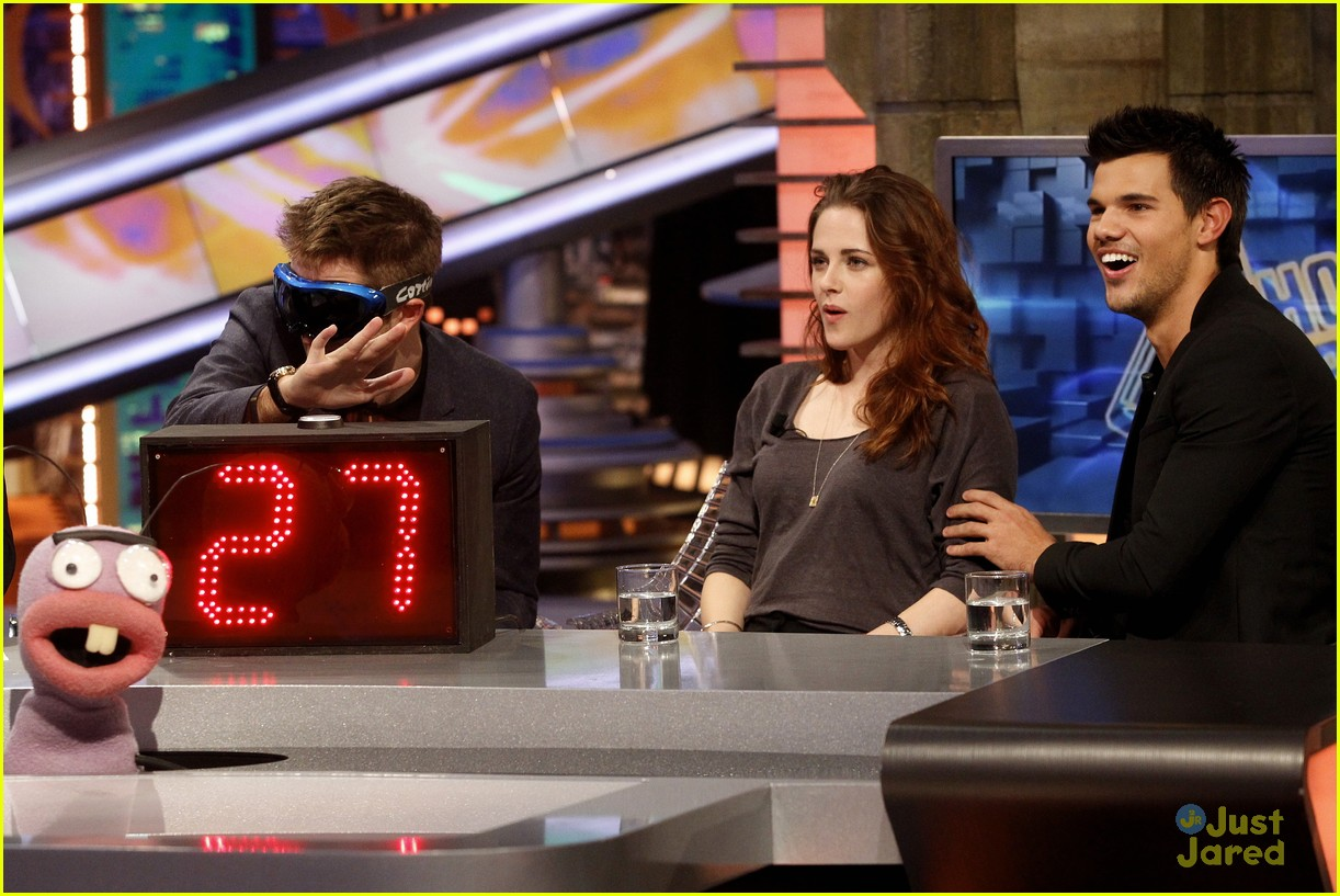 robert pattinson kristen stewart el hormiguero 28
