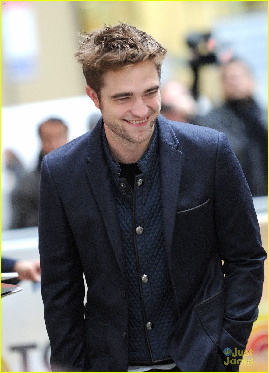 rob pattinson today show stop 04