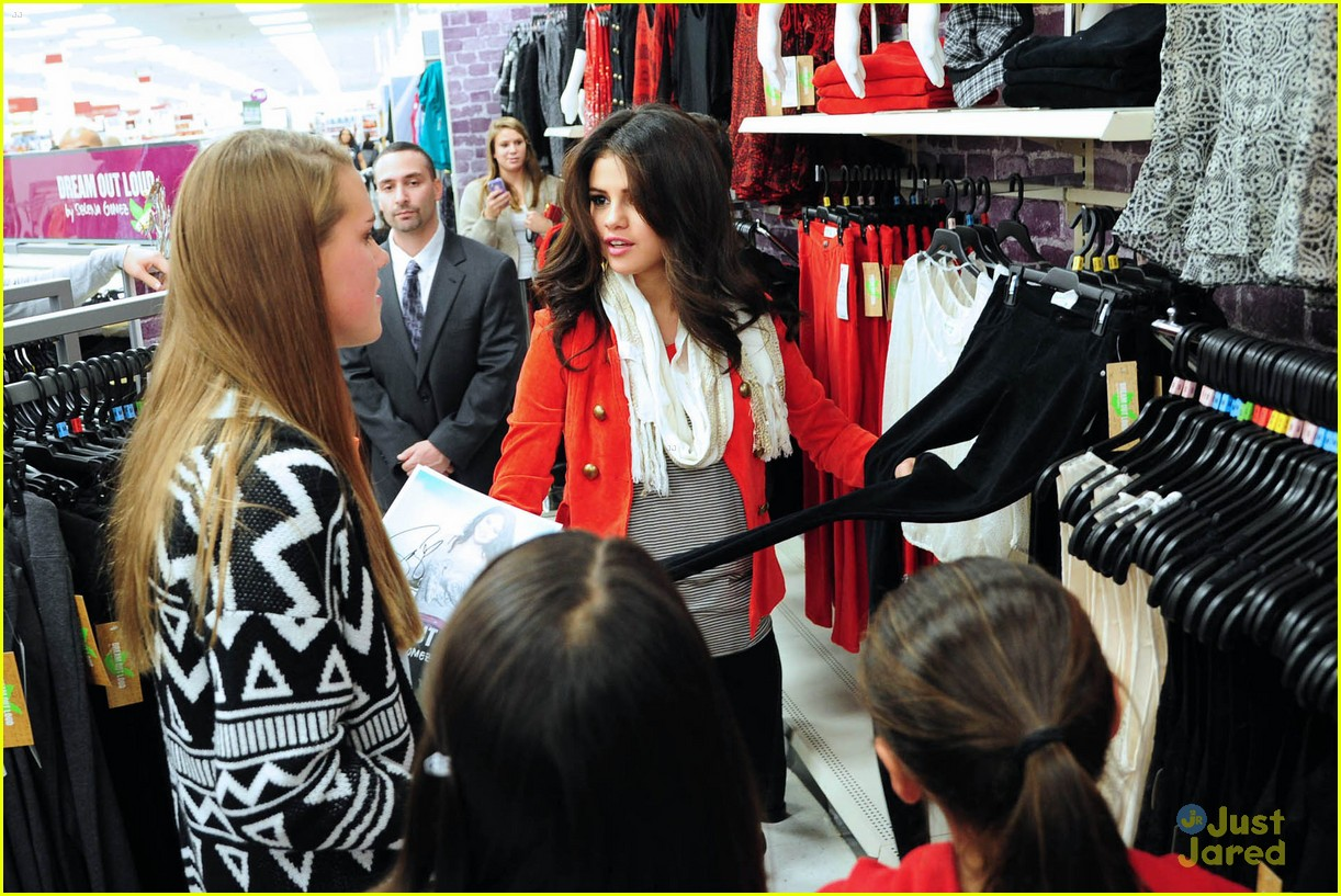 selena gomez kmart white plains 09