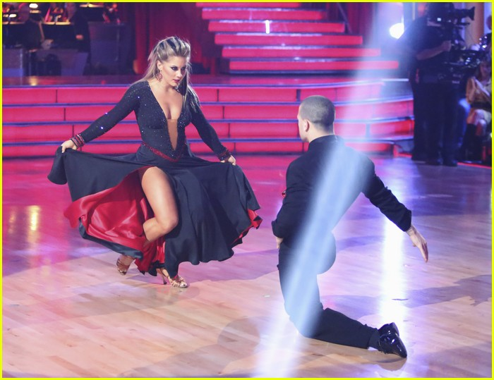 shawn johnson fusion dwts 12