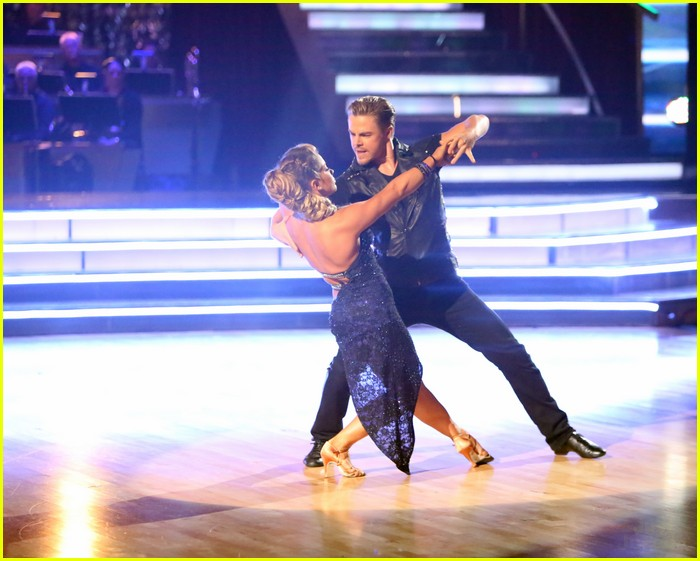 shawn johnson derek hough bad dwts 09