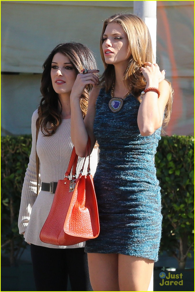 shenae jessica annalynne 90210 filming 07