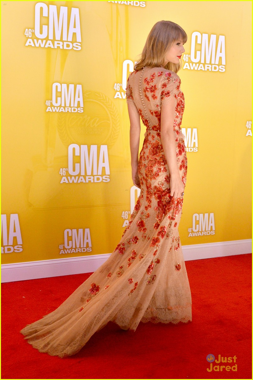 taylor swift cma awards 05