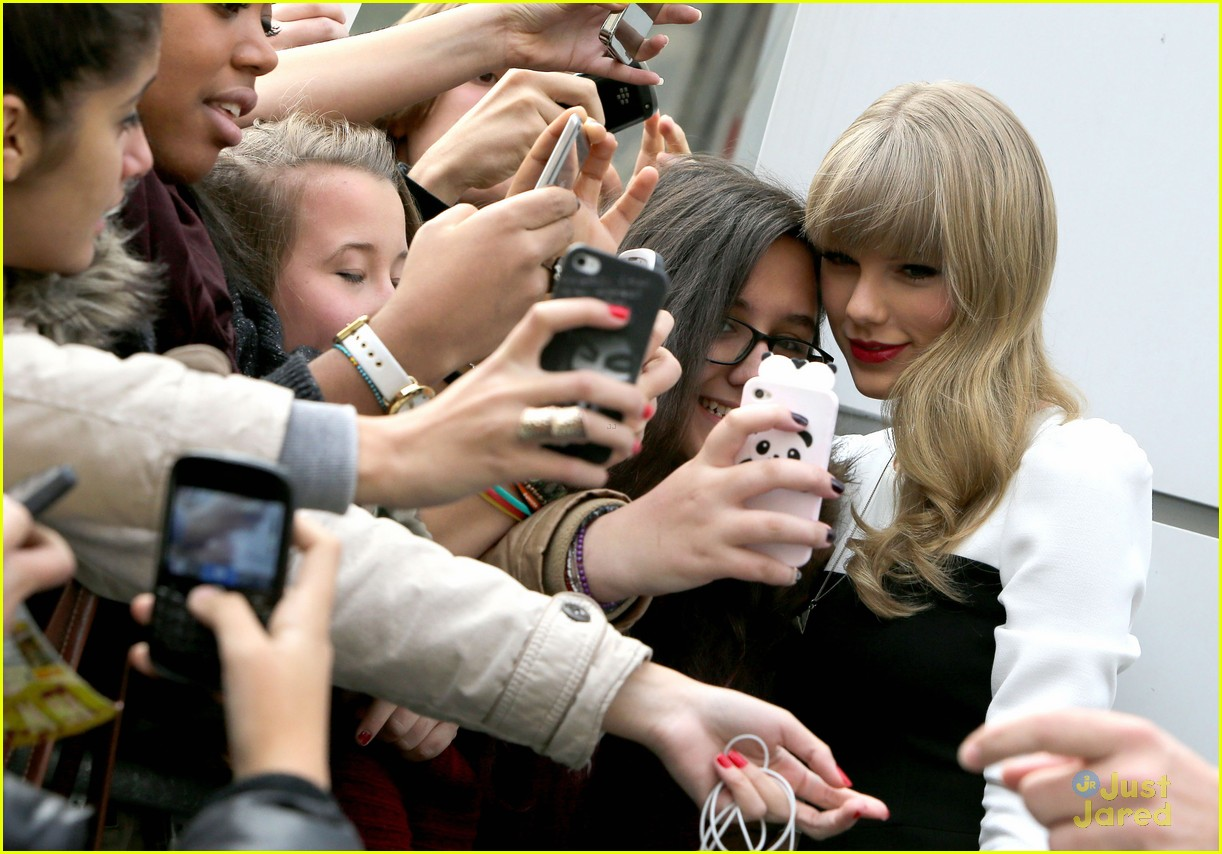 taylor swift nrj paris 10