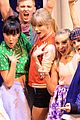 Taylor-aria taylor swift aria performance pics 09