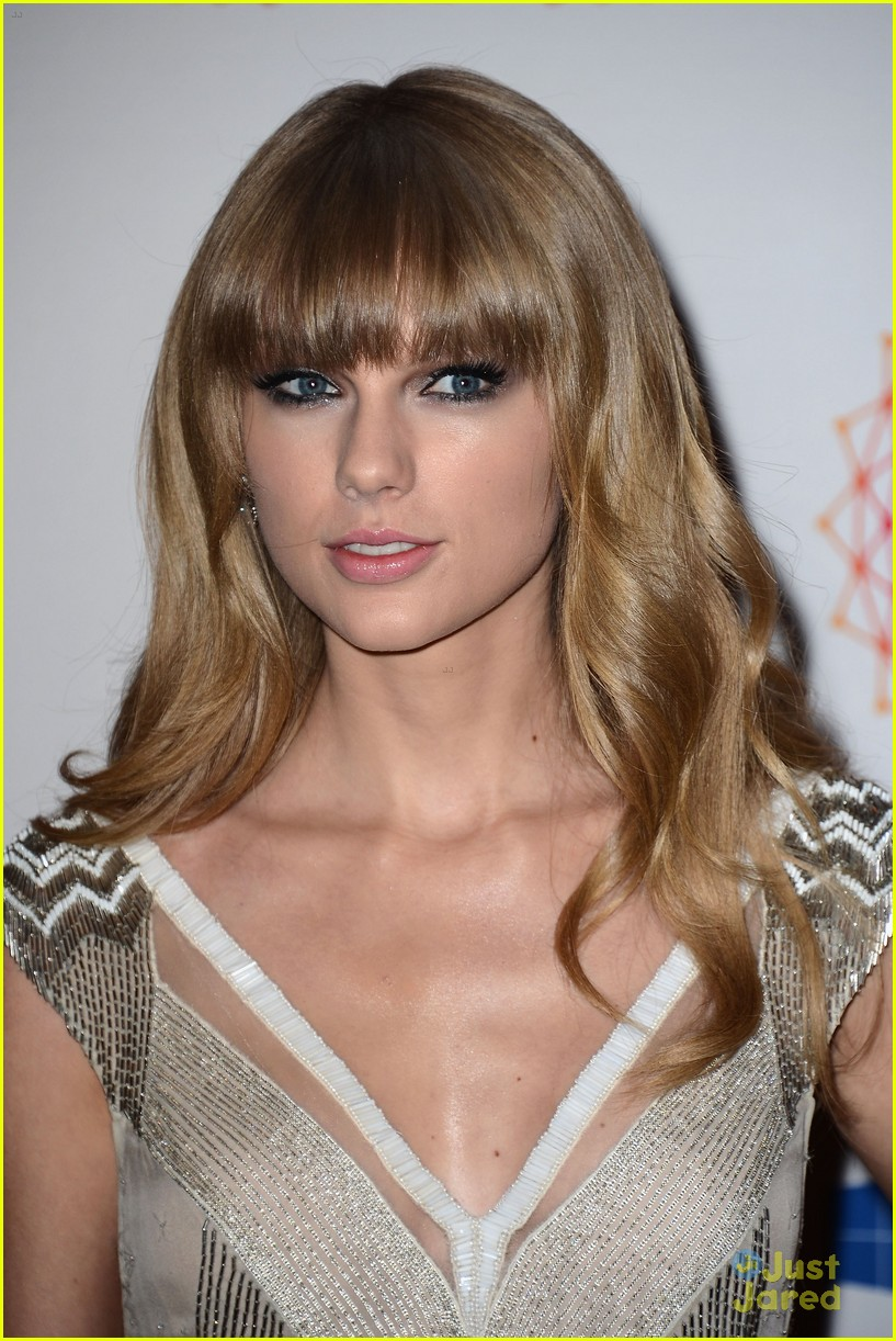 taylor swift 2012 mtv emas 13