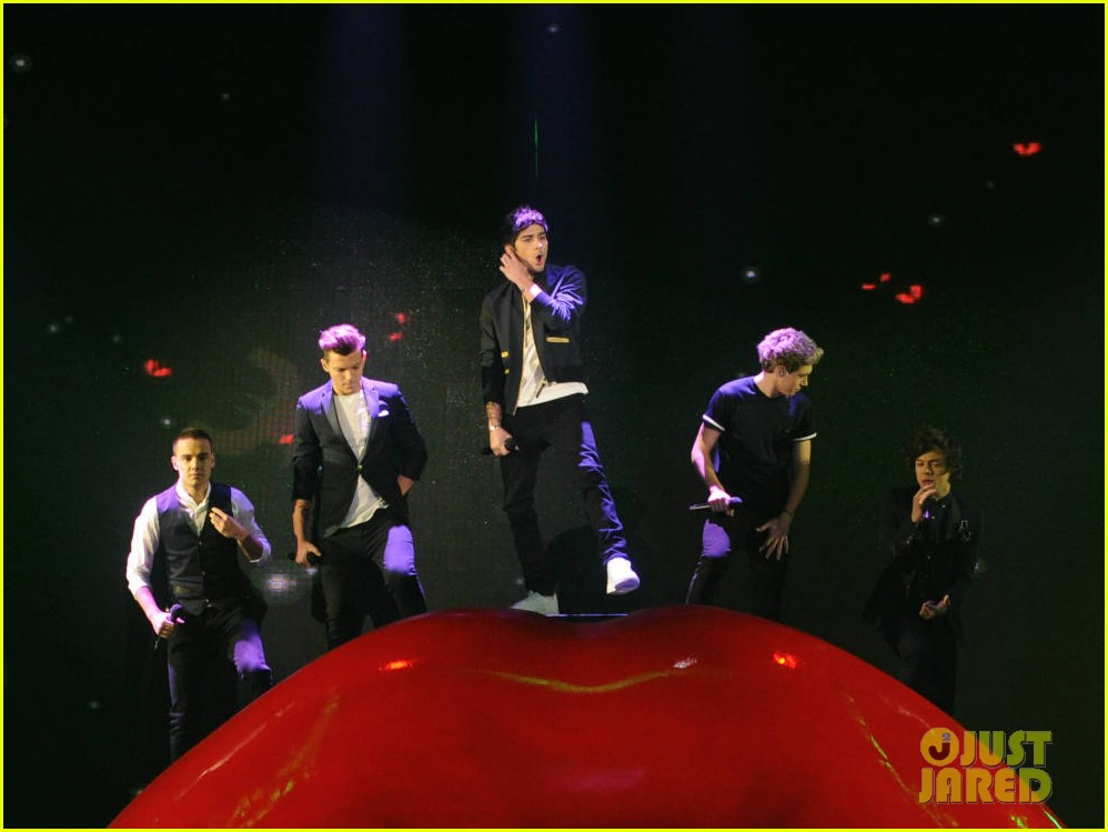 x factor kiss you performance 05