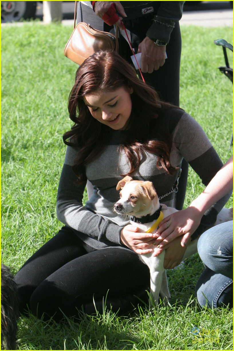 ariel winter puppy love 05
