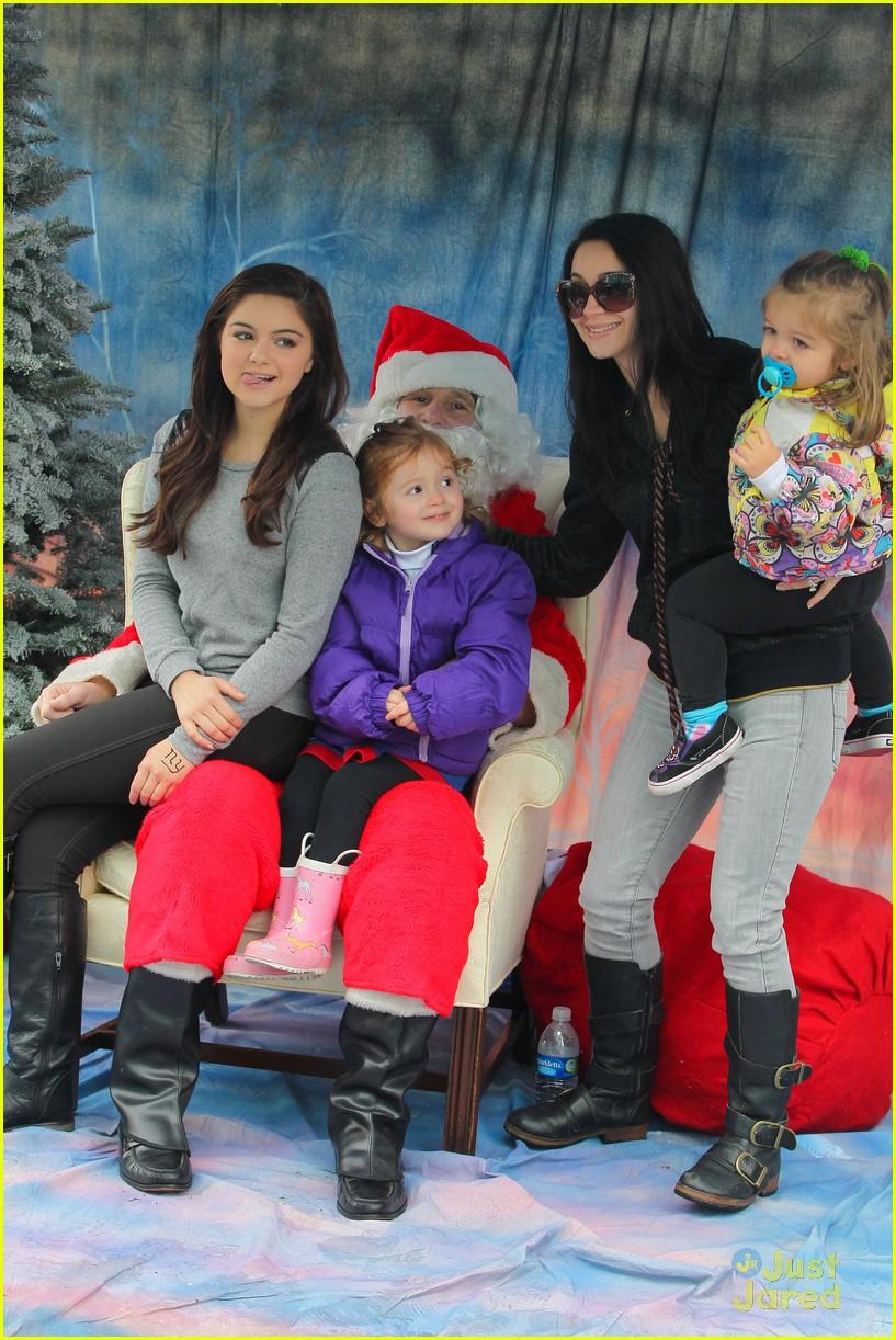 ariel winter santa visit 13