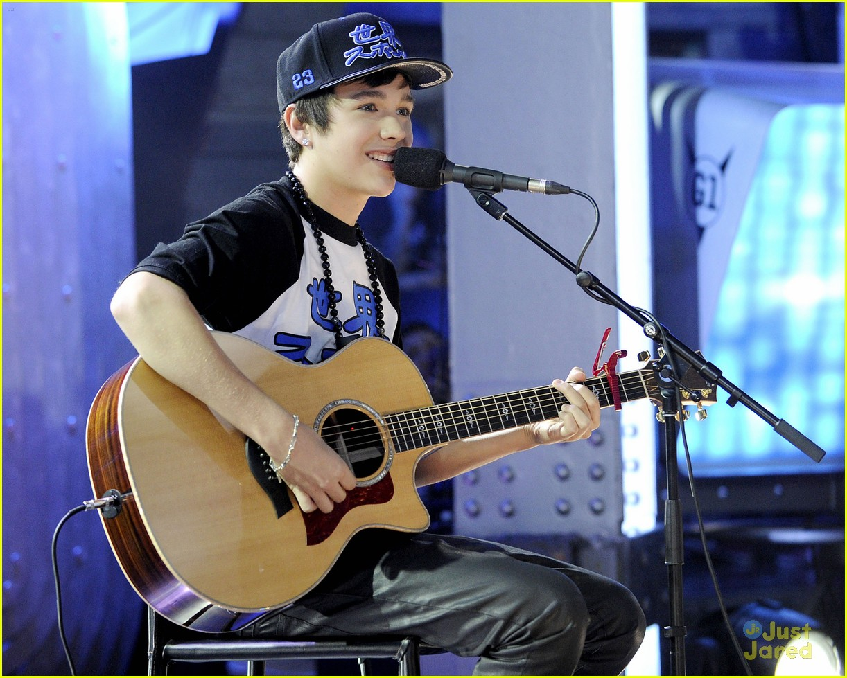 austin mahone empire state 05