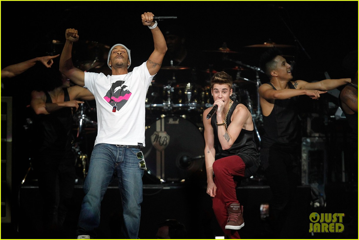 justin bieber 961 jingle ball 34