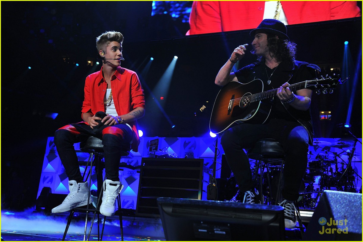 justin bieber z100 jingle ball 02