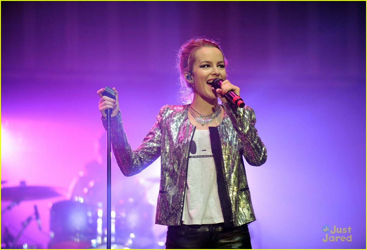 bridgit mendler power 961 jingle ball 10