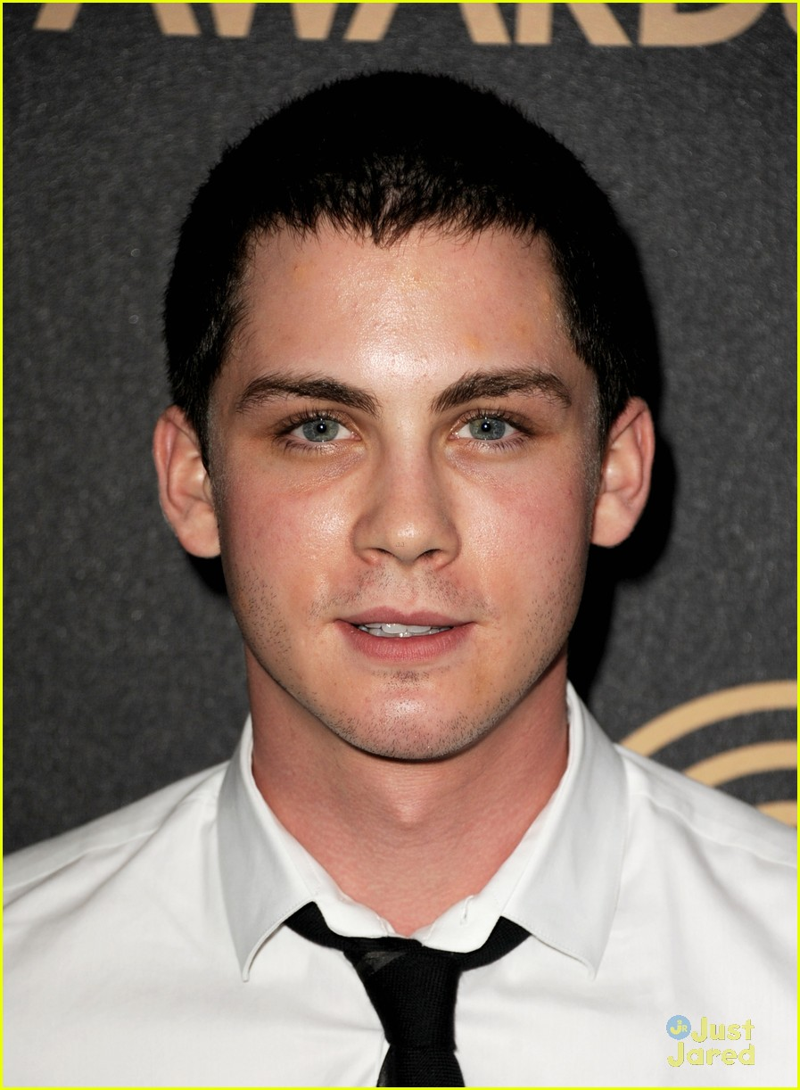 logan lerman callan mcauliffe instyle gg party 09