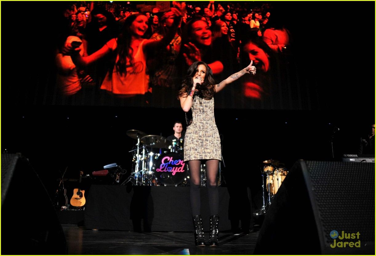 cher lloyd dc jingle ball 05