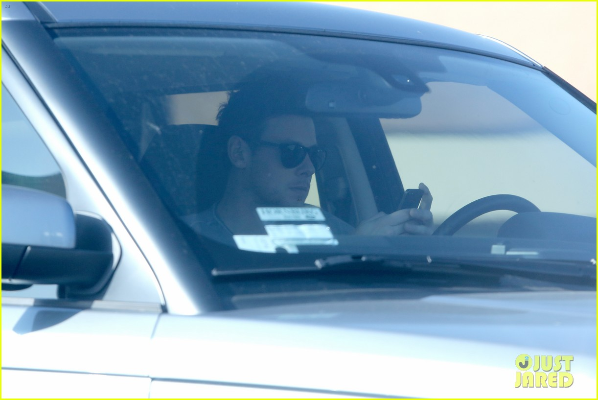 cory monteith skating in burbank 11