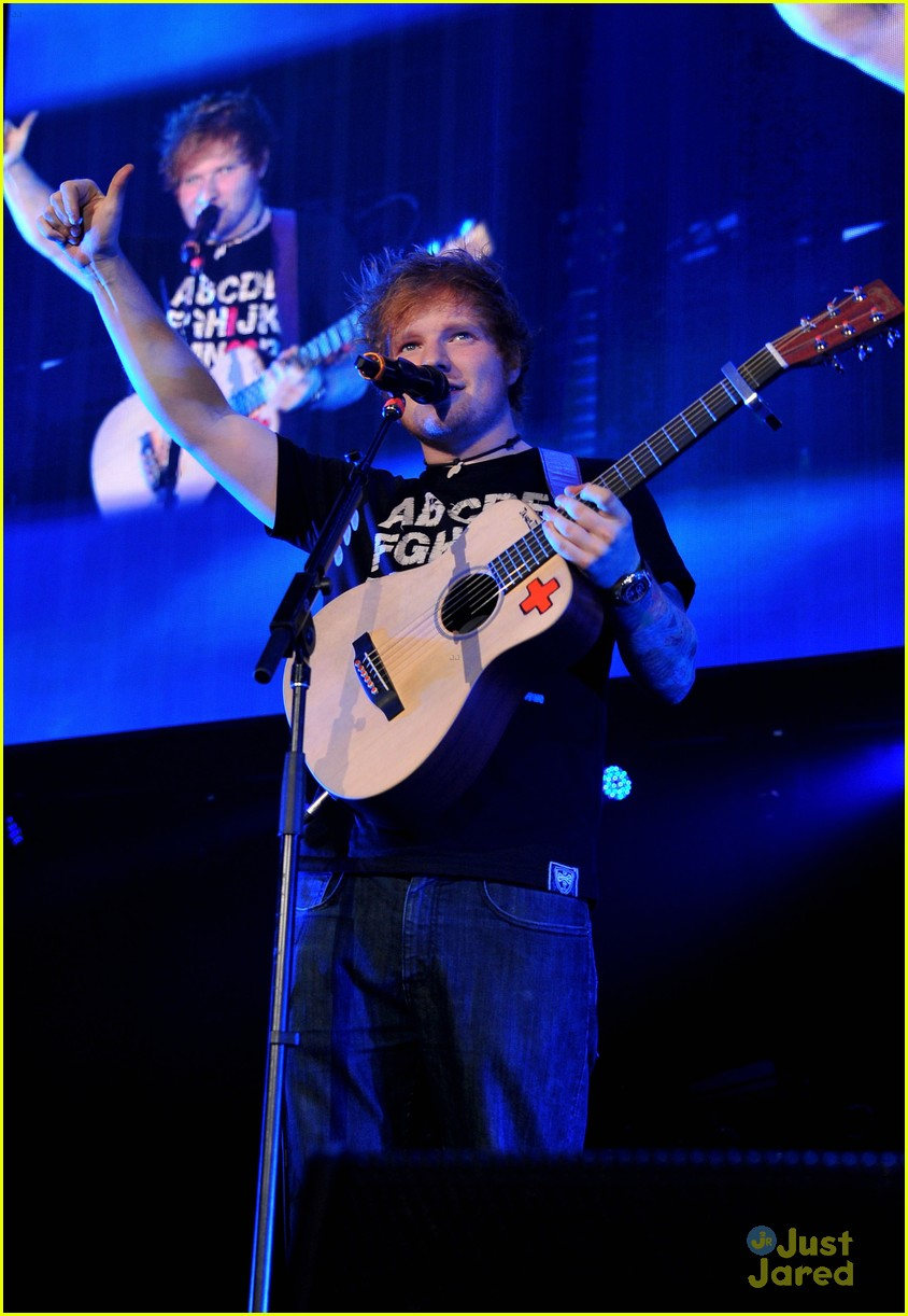 ed sheeran dc jingle ball 03