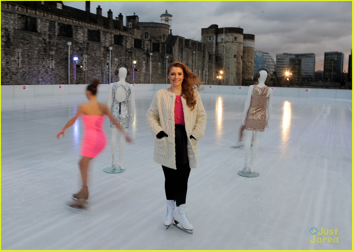 ella henderson catwalk ice 01