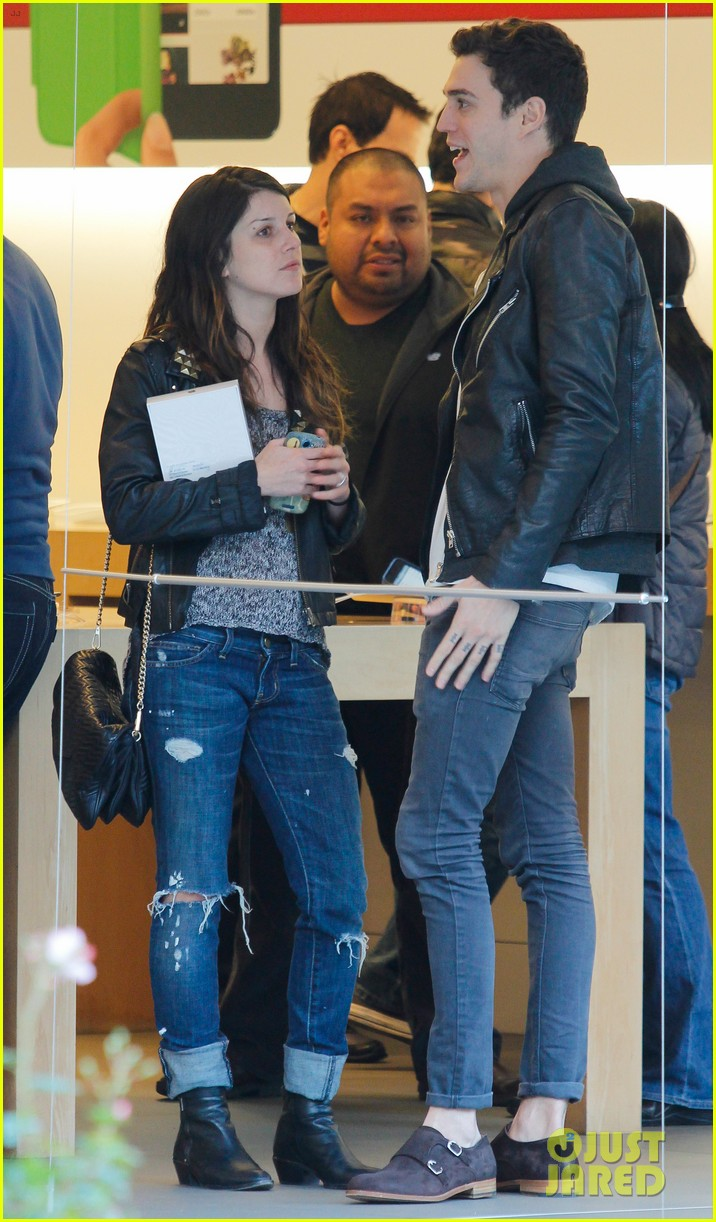 shenae grimes josh beech matching couple 14