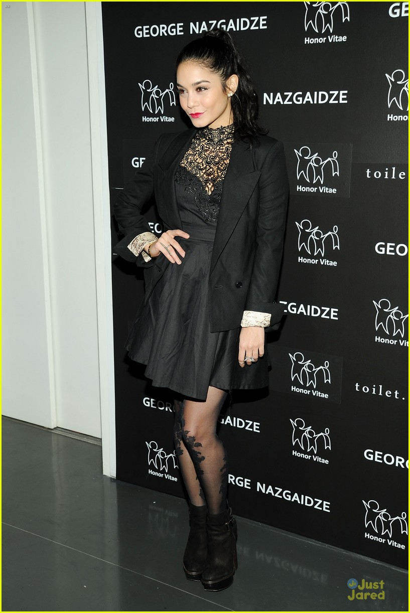 vanessa hudgens charity meets fashion holiday celebration 14