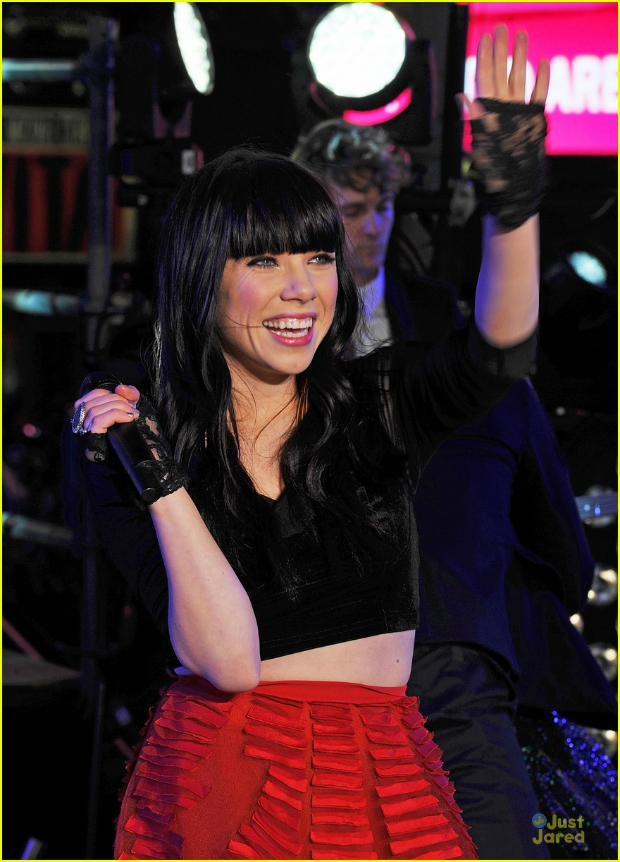 carly rae jepsen dick clark's new year rockin eve with ryan seacrest 07