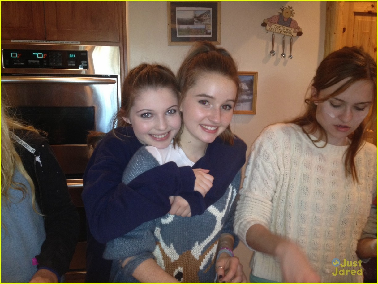 kaitlyn dever sweet 16 party pics 09
