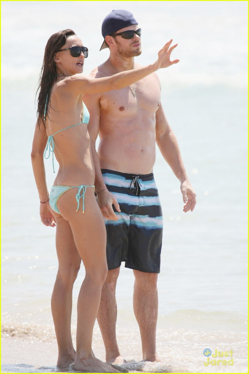 kellan lutz shirtless beach day with sharni vinson 23